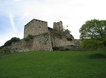 Visiter le château de Madaillan